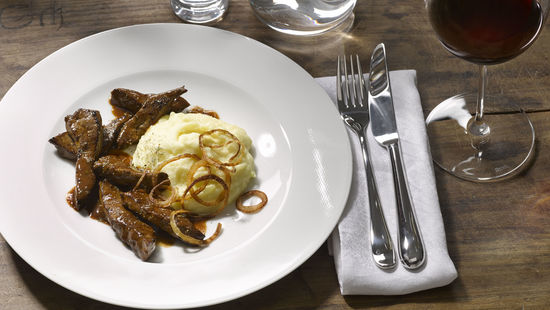 A pjicture shows sauteed calf's liver, © AWMB/Blickwerk Fotografie.