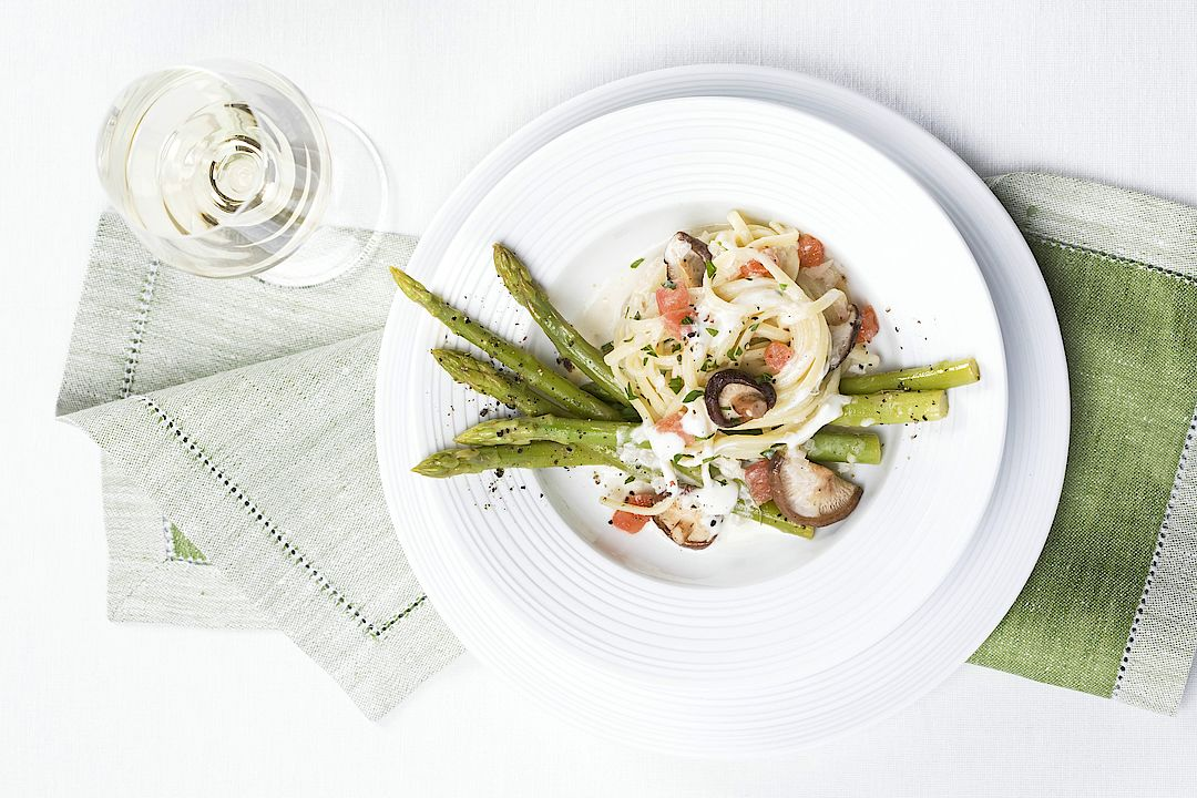 A picture shows an asparagus meal
