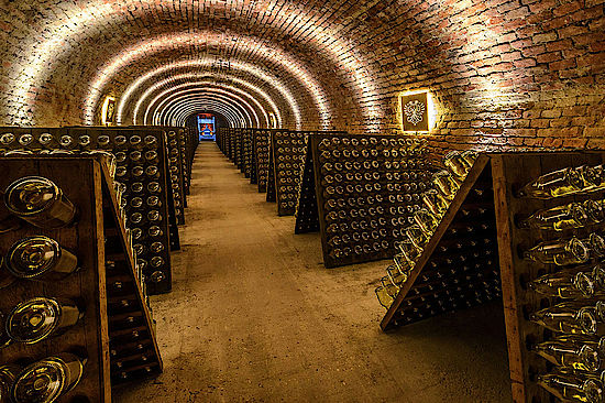 The picture shows a cave of sparkling wines.  Copyright: Schlumberger Wein- und Sektkellerei