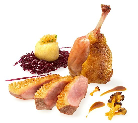 A picture shows a roasted duck